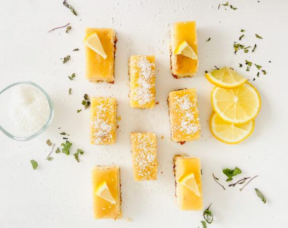 Barritas de limón, coco y almendras