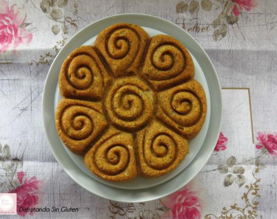 Bundt Cake de Aguacate y semillas de amapola