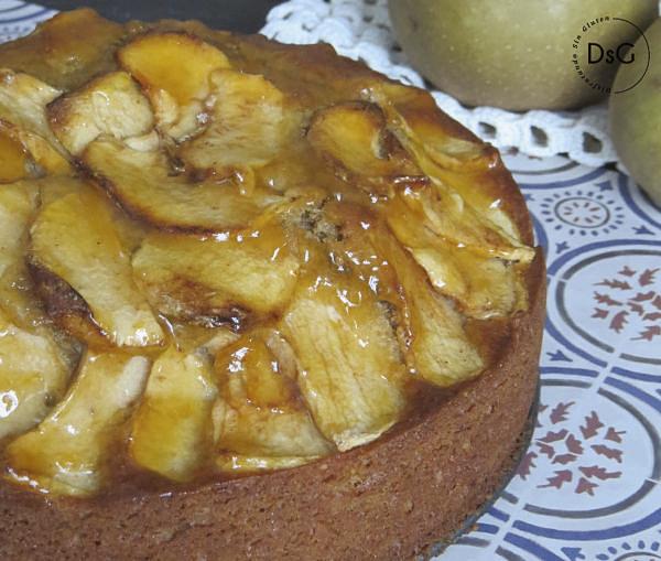 delicioso bizcocho sin gluten de manzana y nueces