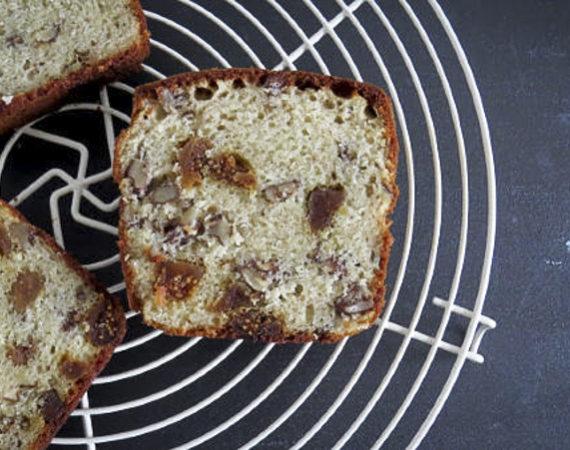Pan de queso azul y nueces