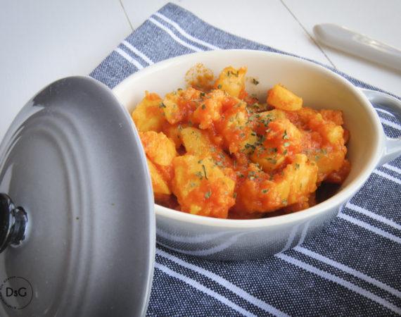 Sepia con patatas al vapor