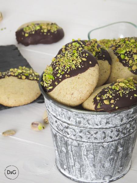 gluten free pistachios cookies