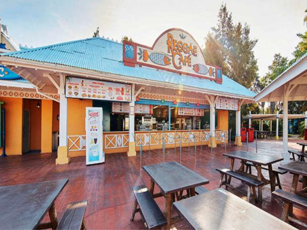 Restaurante con opciones sin gluten Reggae Café en Costa Caribe Park