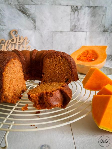 pumpkin spice gluten free bundt cake