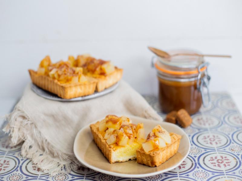 tartaletas de crema de almendras y manzana sin gluten