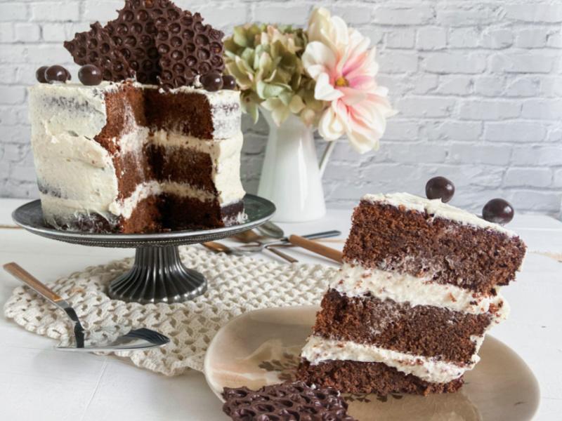 tarta de chocolate y crema kinder