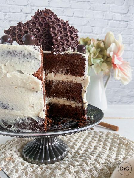 tarta sin gluten de chocolate y crema kinder