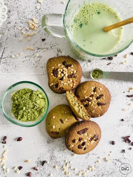 galletas de almendras y te matcha sin gluten